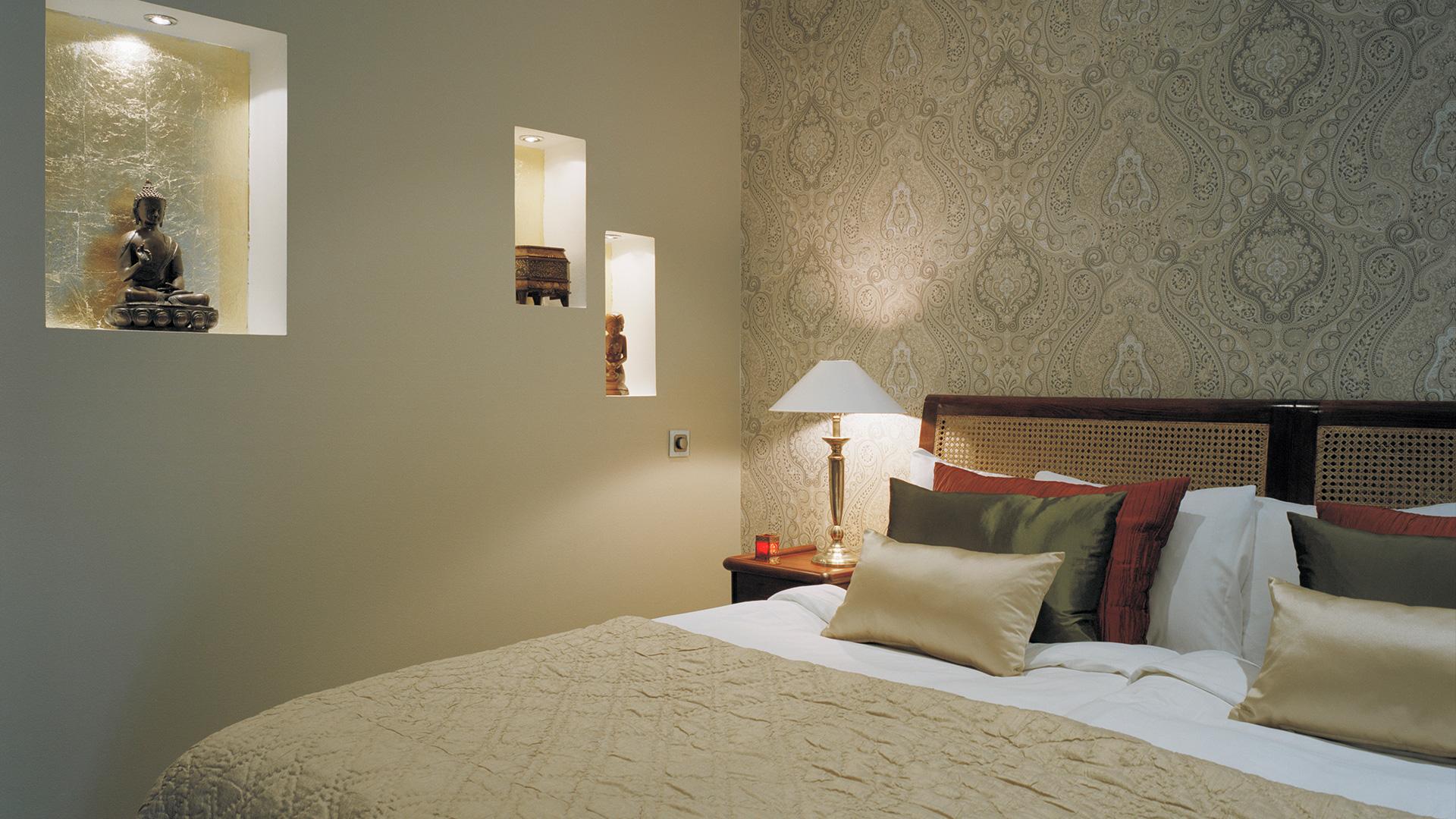 Pio Country Club Buddha Bedroom